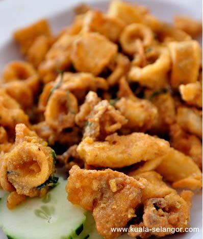 Salted Eggs Fried with Squid